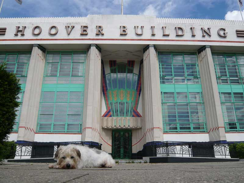 the hoover building dog and deco